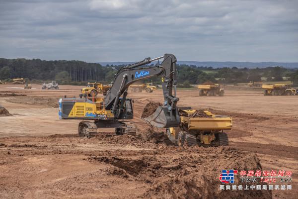 沃尔沃挖掘机助力英国客户加快公园建设进度