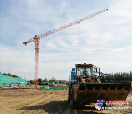 方圆集团PT7015平头型塔机参与内蒙古重点项目建设