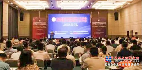 BICES 2021走进系列报道之严建国副秘书长出席全国机械化施工交流会暨施工机械化分会年会