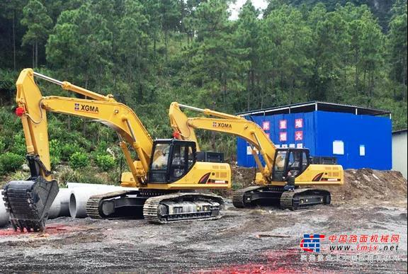 品质可靠赢信誉 战略合作开新篇   30台厦工中大型挖掘机成功签约