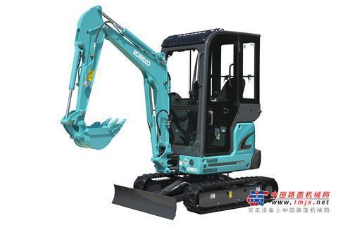 神钢推出重新设计的SK17SR小型挖掘机