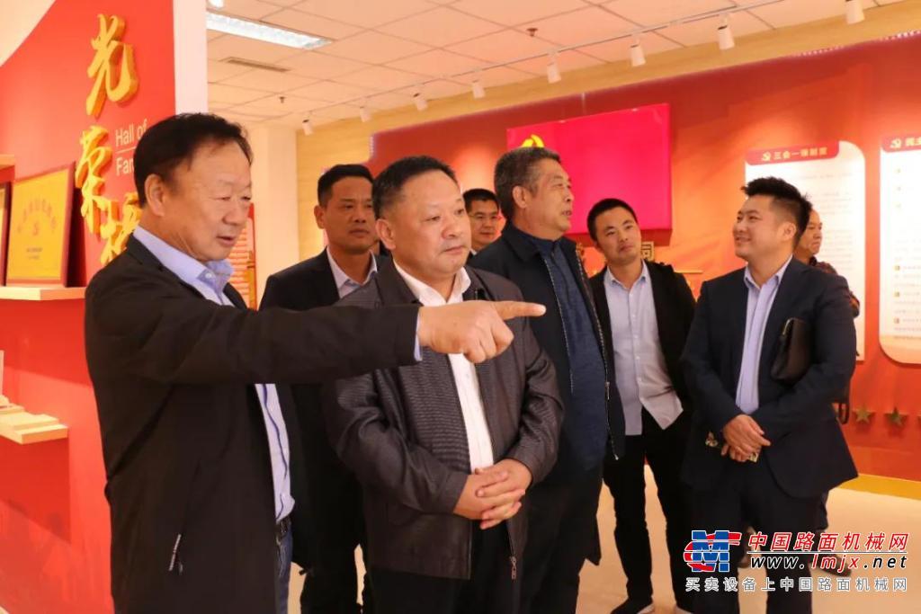 江苏省工商联秘书长熊杰到徐州市工程机械商会考察指导工作