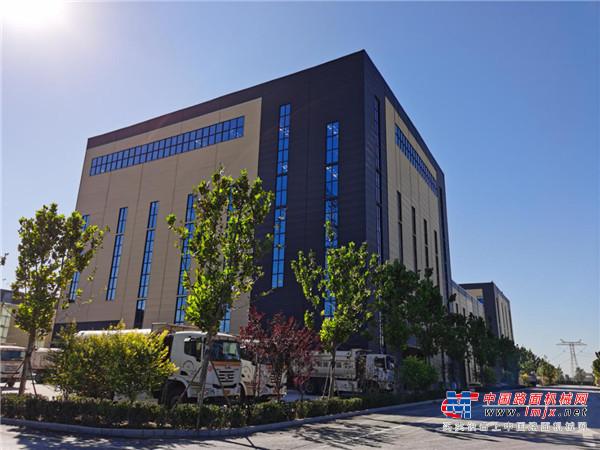 日工5000型环保沥青站助燕赵大地赢得绿水青山