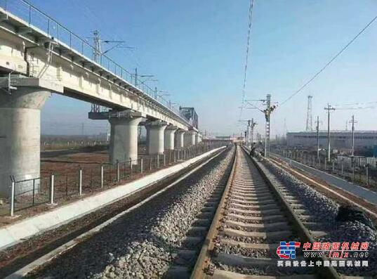 推进川藏铁路等国家重点工程 2021年新建铁路里程3700公里左右