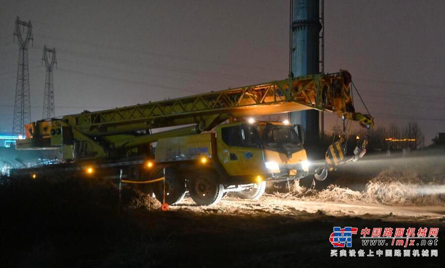 抗击疫情 数百台工程机械昼夜施工 石家庄在正定速建集中隔离点