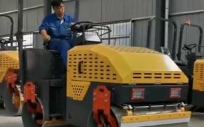 宜迅 YX-JS2600 小型压路机展示视频