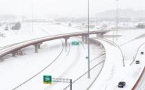 美国德州暴雪,致敬恪守岗位的山河人