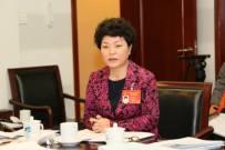 全国人大代表闫丽娟:推动工程机械绿色化智能化发展