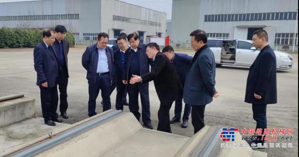 中国铁道科学研究院集团有限公司董事董守清一行莅临新筑股份参观考察