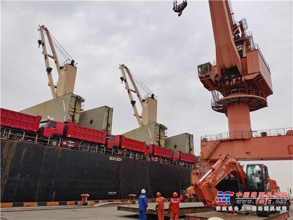 日立建机液压挖掘机交付海外 持续发力一带一路建设