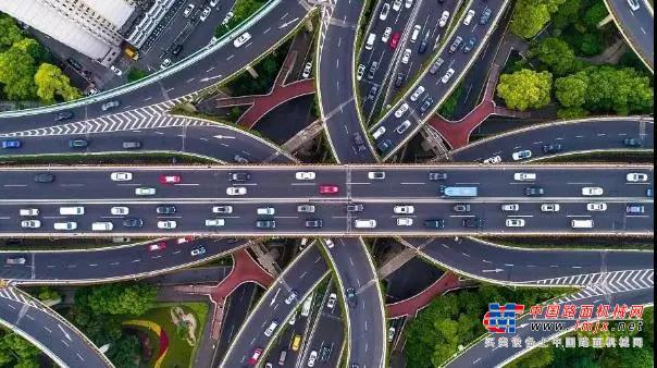 宇通重工:政策利好、市场火热!2021年桥梁养护市场新机遇