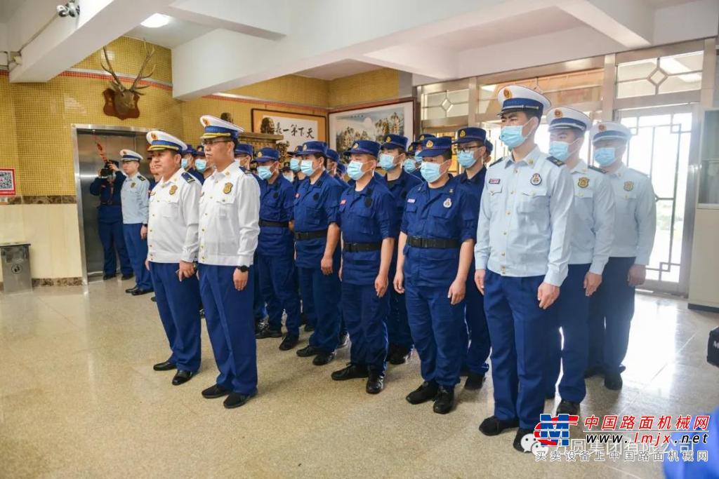海阳市消防救援大队来方圆集团开展主题党日活动
