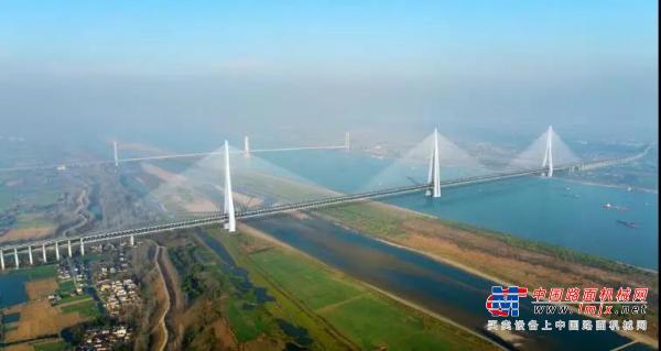 又一超級工程,徐工旋挖鉆機助建世界最高橋塔