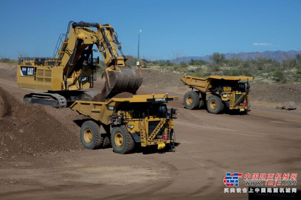 里程碑!搭载Cat® Command系统的无人驾驶卡车运输量突破30亿吨