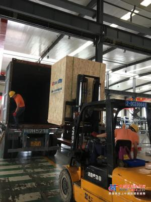 项目发货 泉工QT6全自动砌块成型机生产线发货博茨瓦纳,助力市政建设!