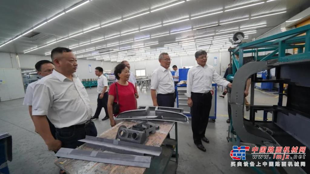 中国民用航空局总工程师殷时军率队考察调研山河科技
