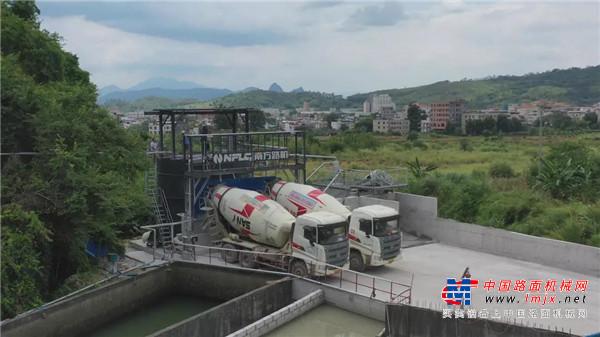 搅拌站上了这套南方路机湿混凝土回收设备,再也不用担心环保问题