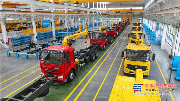 打造行业标杆,徐工随车以技术创新带动企业高质量发展