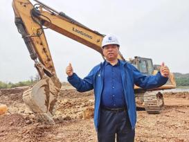 南京曹老板:我把外资品牌挖掘机都卖了,全部换成柳工挖掘机!