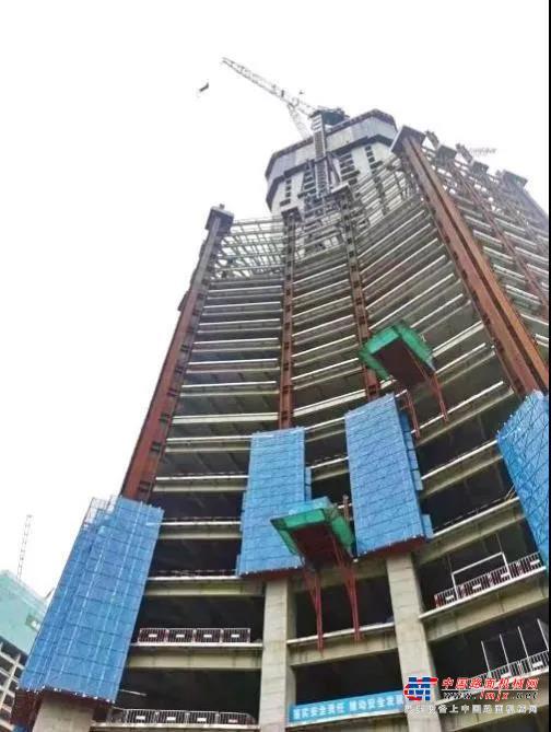 我和龙工的奋斗故事(十七):为西北第一高楼崛起注入强劲动力!