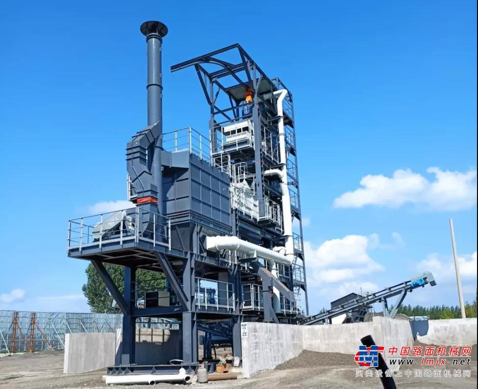 節能降碳,綠色發展 南方路機RAP骨料再生設備應用于錦阜高速
