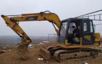 [客户故事]三年7台雷沃挖掘机,90后老板的创业致富经!