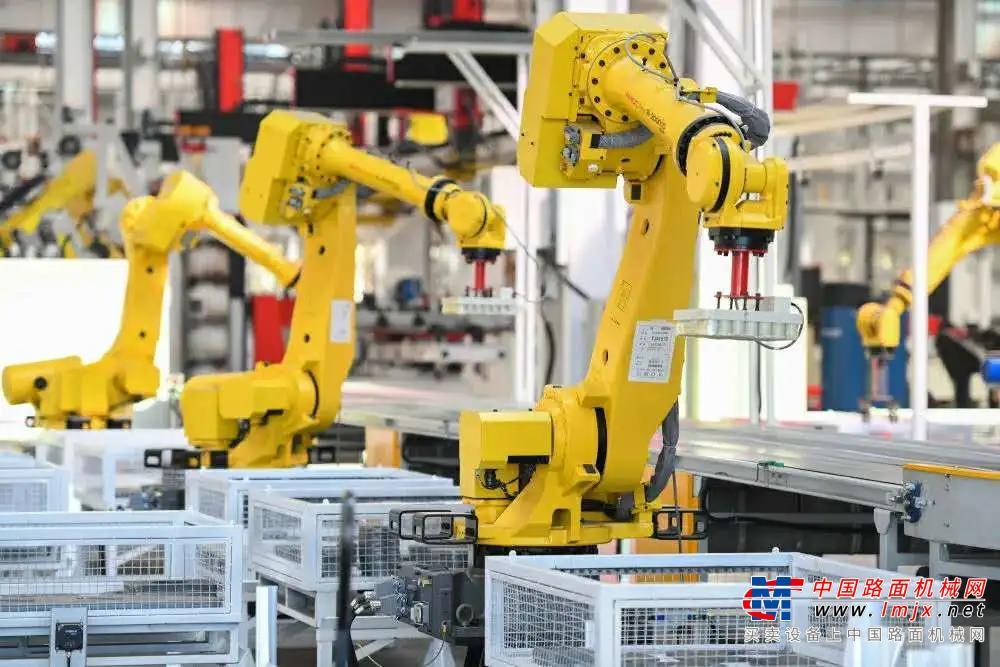 《人民日报》点赞三一!以智能制造推动产业升级