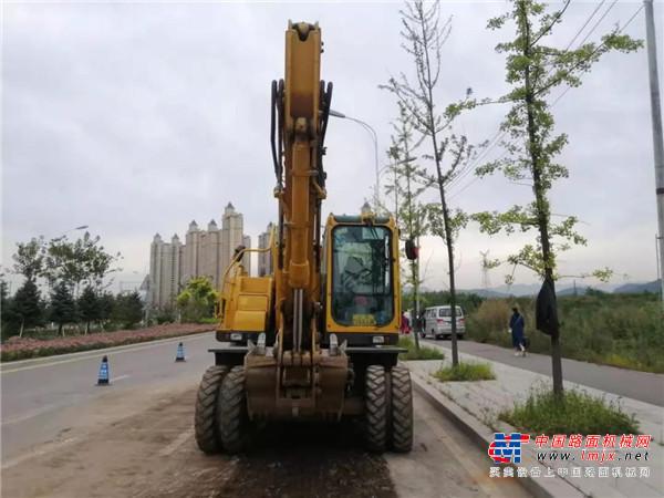 【临距离】山东临工E7150F,下半场进球的轮挖