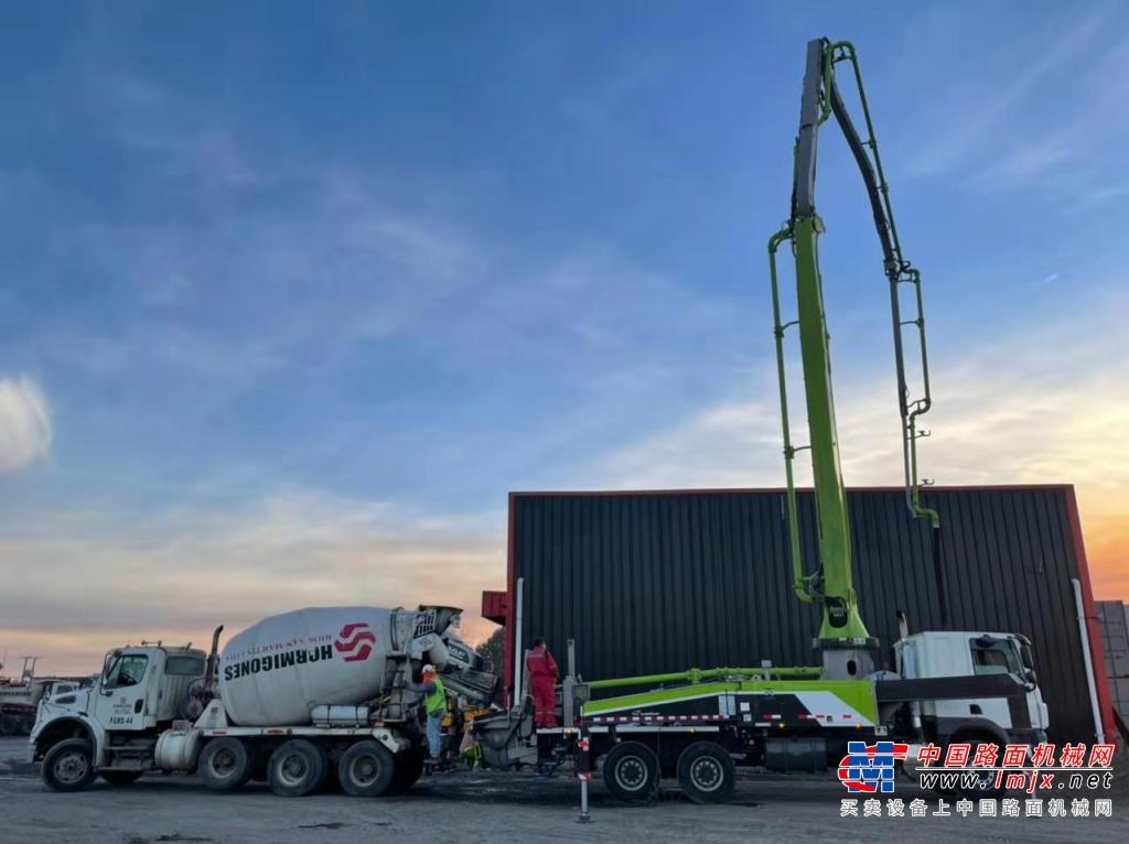 海外市场再获突破 中联重科全新4.0泵车首次亮相智利