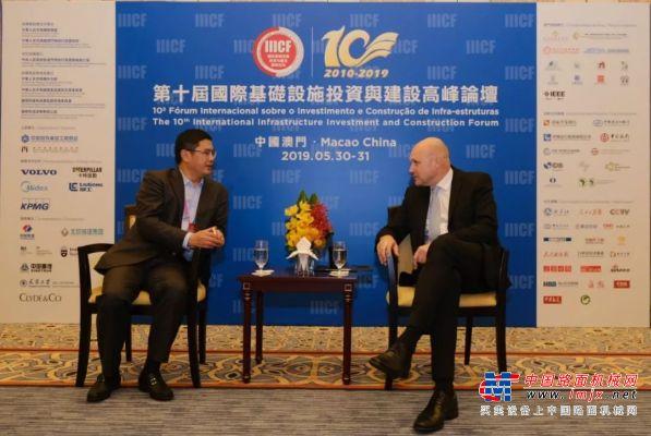 沃尔沃建筑设备与中国路桥工程责任有限公司展开了高层会晤