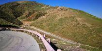 维特根WR 240与新疆喀拉峻草原的自然融合