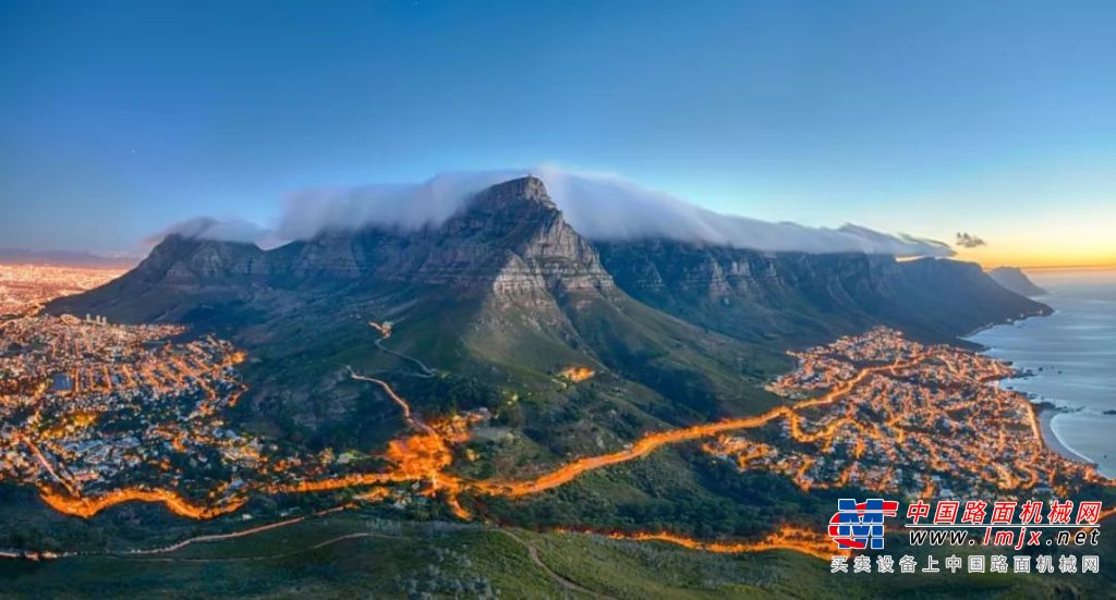驰骋南非矿区 柳工设备以实力证明价值