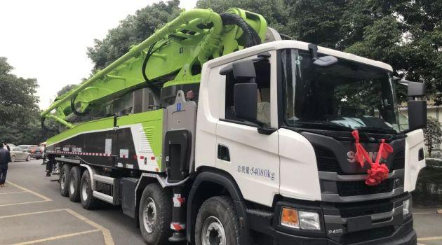 中联重科:全球最长法规型67米泵车交付&首秀!