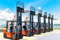 国内首创!搭载玉柴增程器的合力堆高机交付珠海港