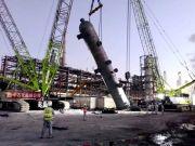 """中联重科起重机:全能""""双枪将""""助力浙石化循环氢脱硫塔项目顺利吊装"""