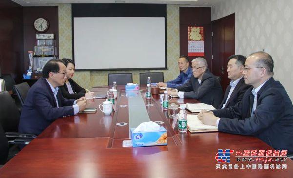 日立建机(上海)有限公司总经理程晓明一行到访协会